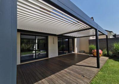 Installation d'une pergola bioclimatique à Treillières (44119)