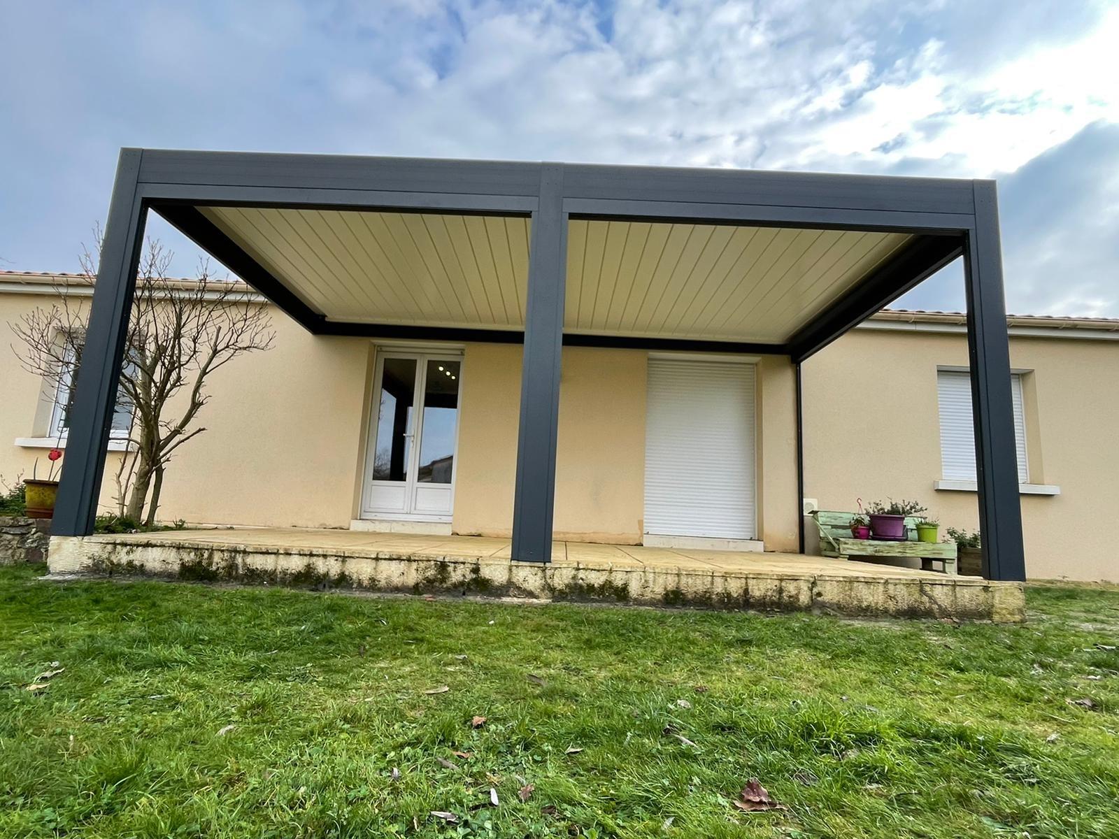 Pergola Bioclimatique Le Cellier (44850)