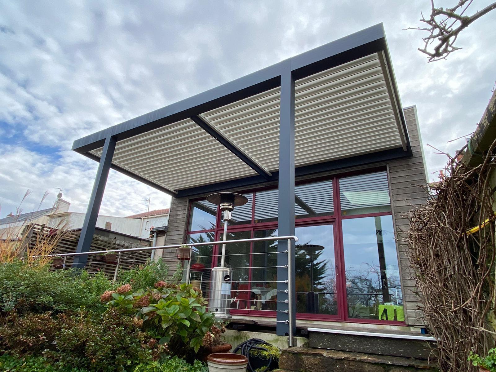 Pergola Bioclimatique aluminium Vertou